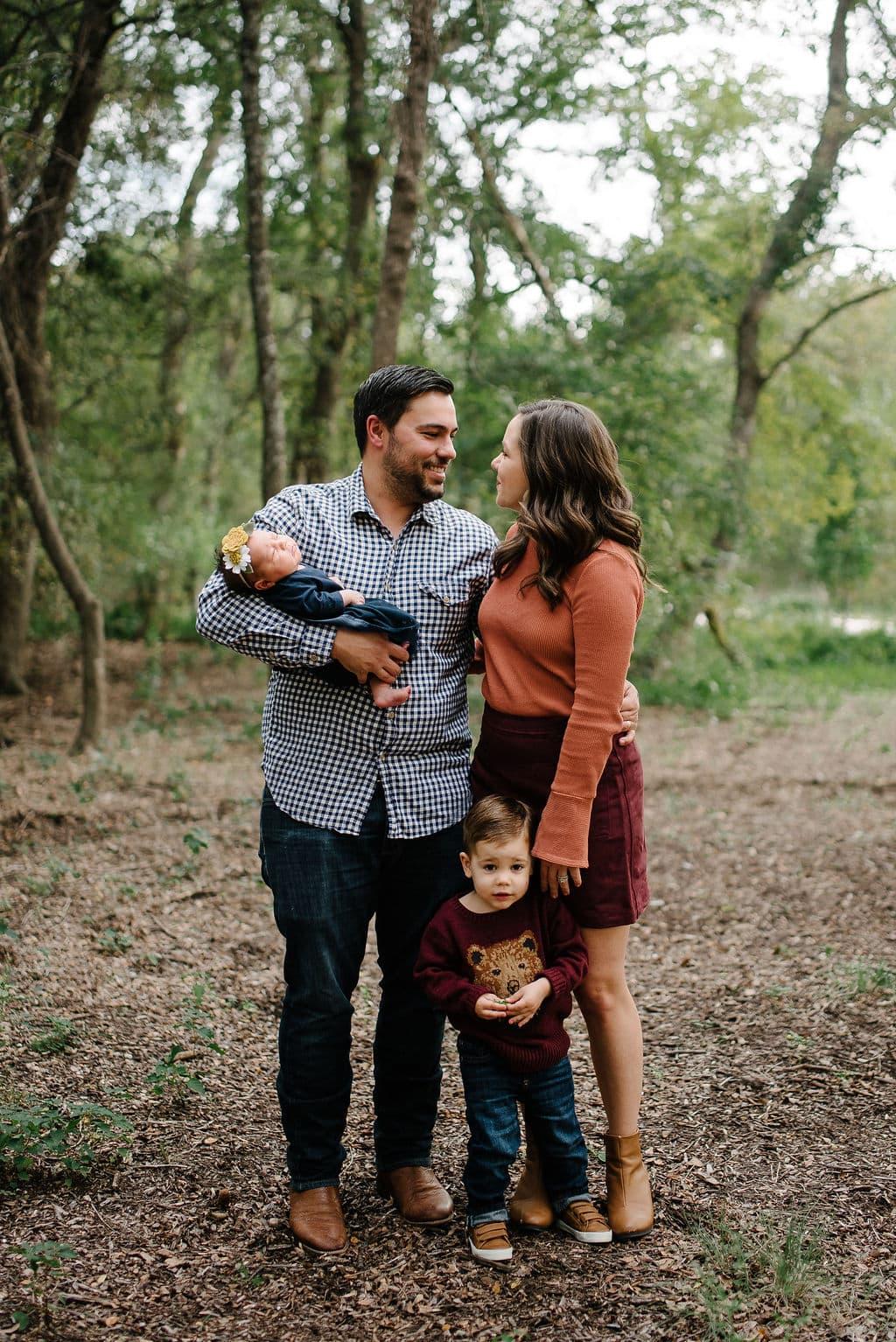 Cute Family Photos. Texas Family Photographer. Family Portraits