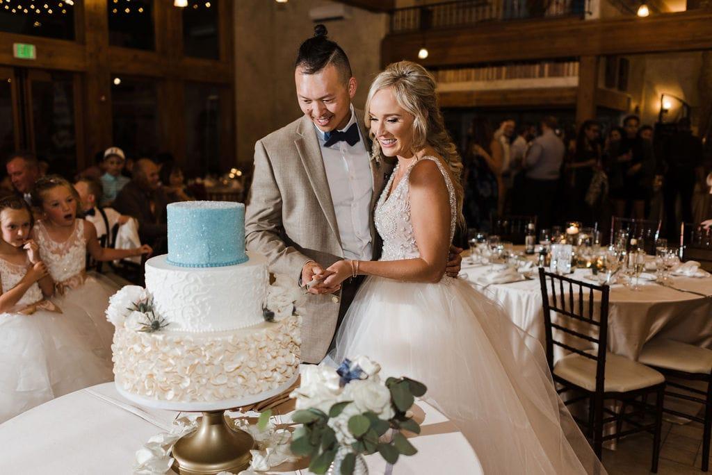 Bride and Groom Cake Cutting at Della Terra