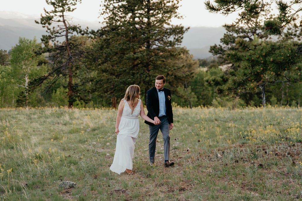 Elope in Colorado with mountains