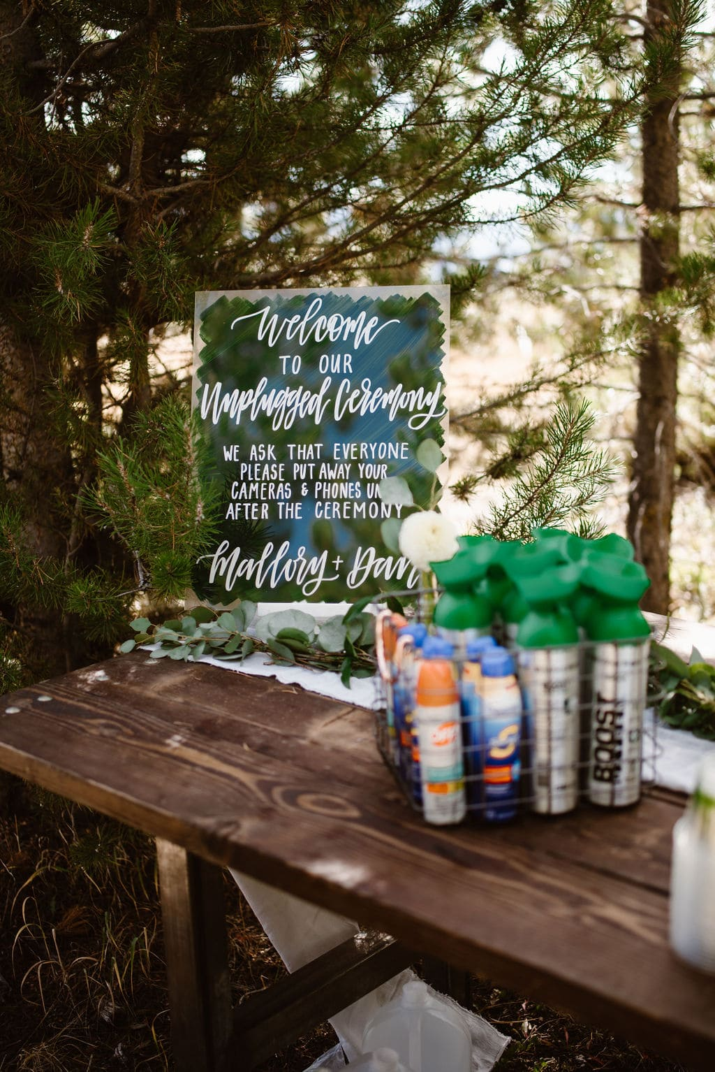 Colorado Wedding Ceremony Items that include canned oxygen and sunscreen
