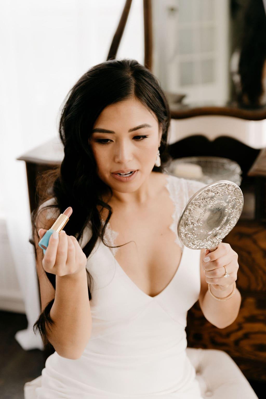bride gets ready for her Colorado Wedding