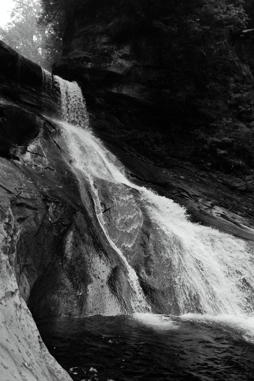 Racehorse Falls Washington