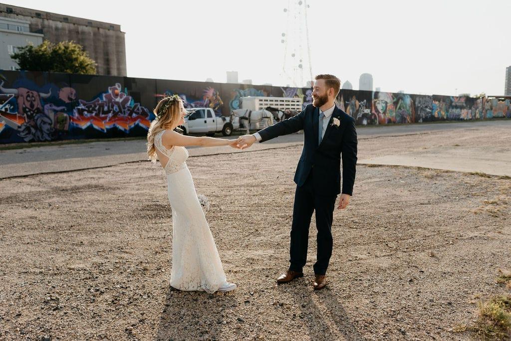 Romantic Downtown Dallas Wedding Sunset Portraits