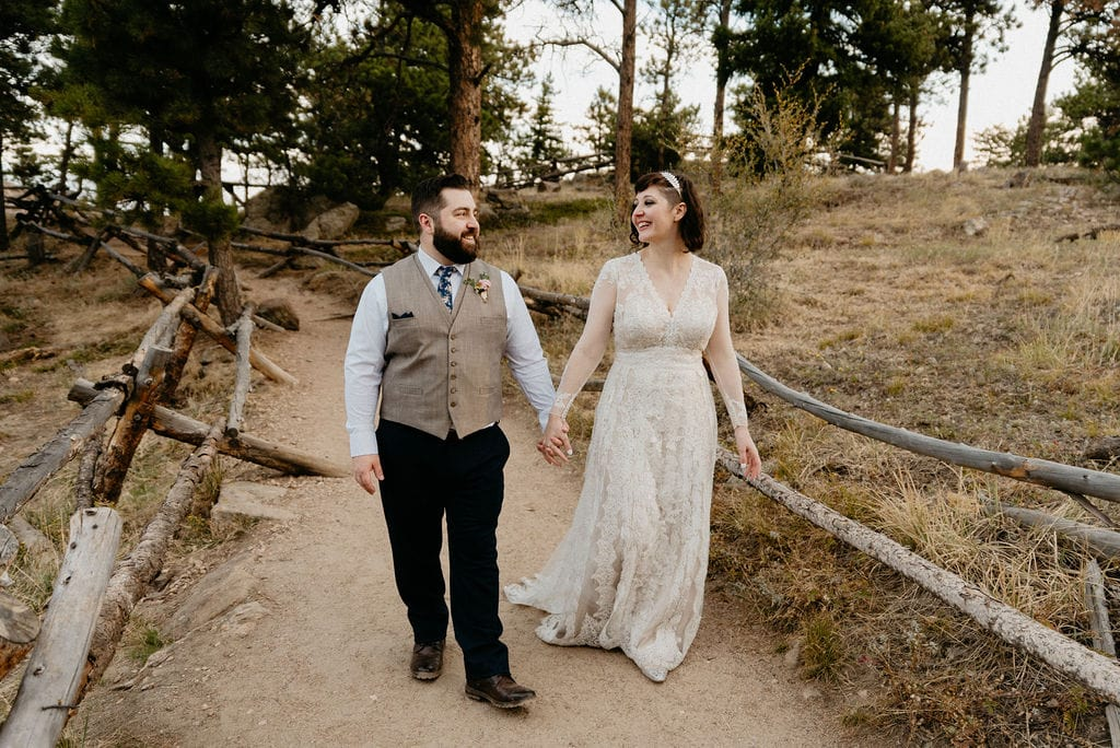 Romantic Wedding Photos at Lost Gulch Overlook