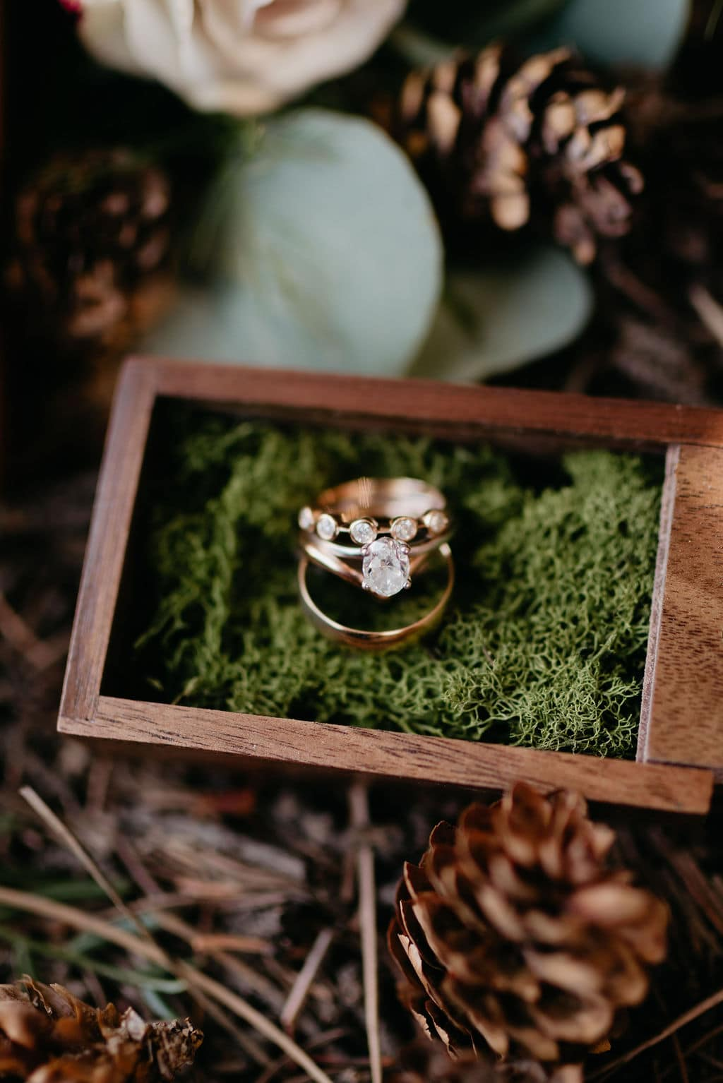 Wedding Rings in Gorgeous Moss Box