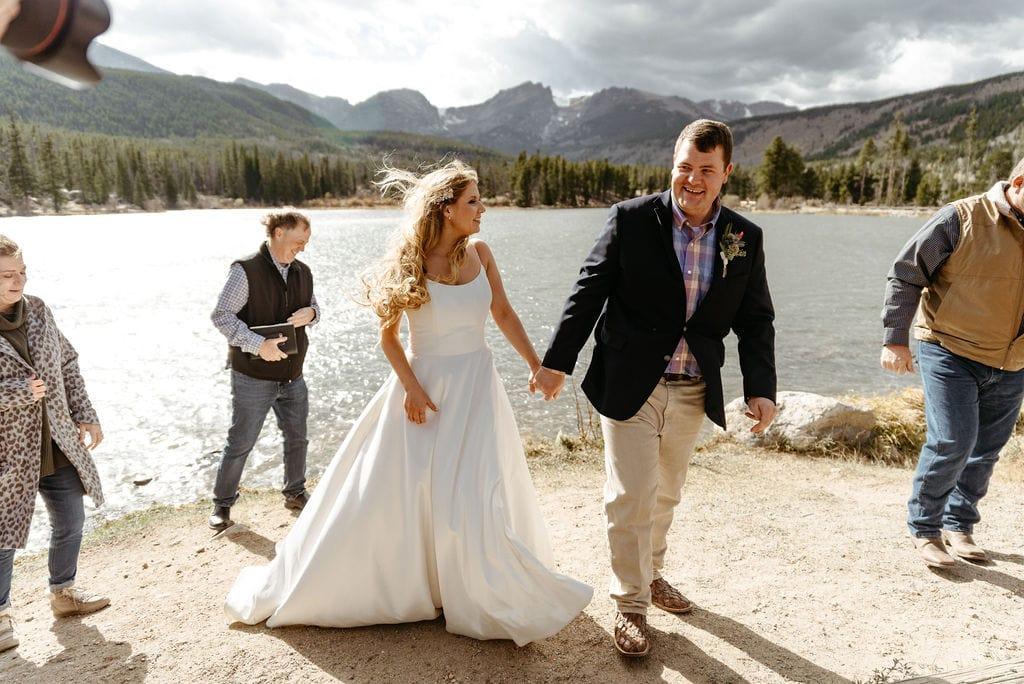 Bride and groom finish RMNP elopement