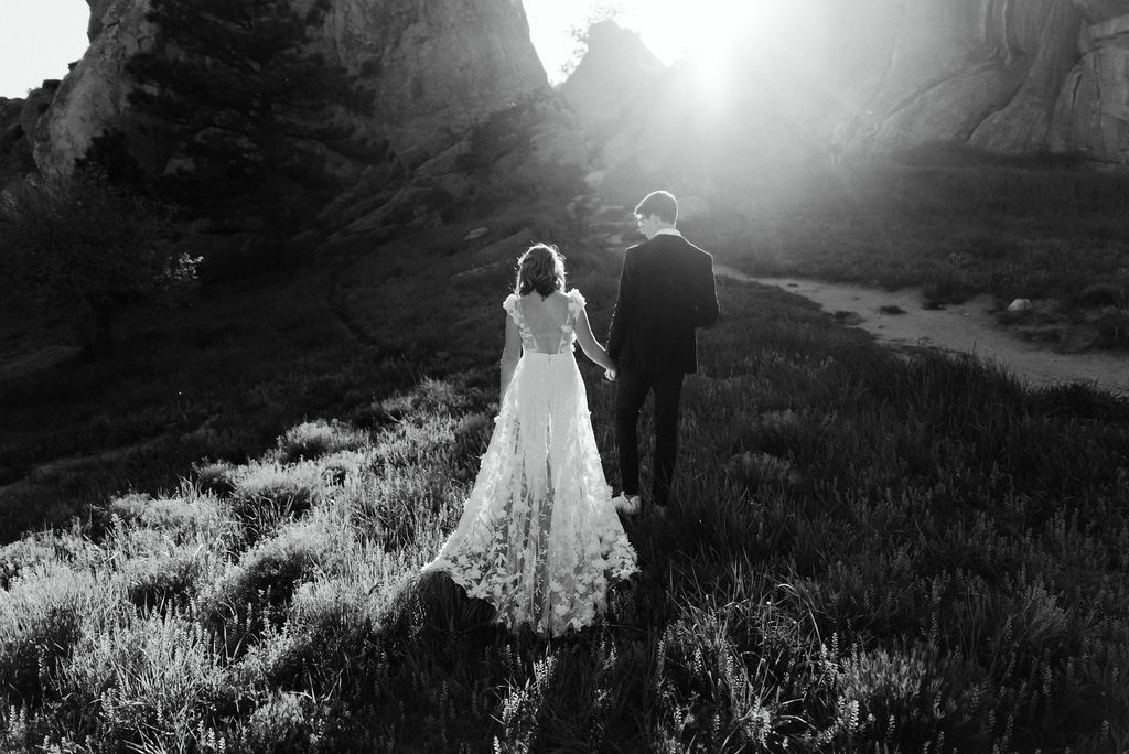 Sunset Wedding Portraits in Settlers Park at Boulder Colorado Elopement