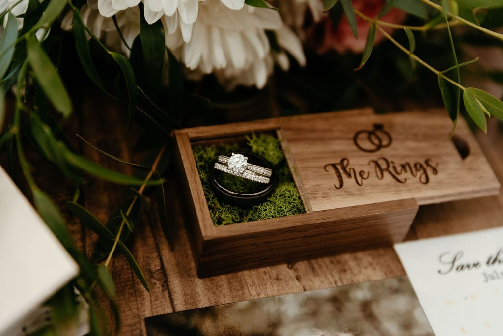 Rings and Details at Bonnie Blues Wedding