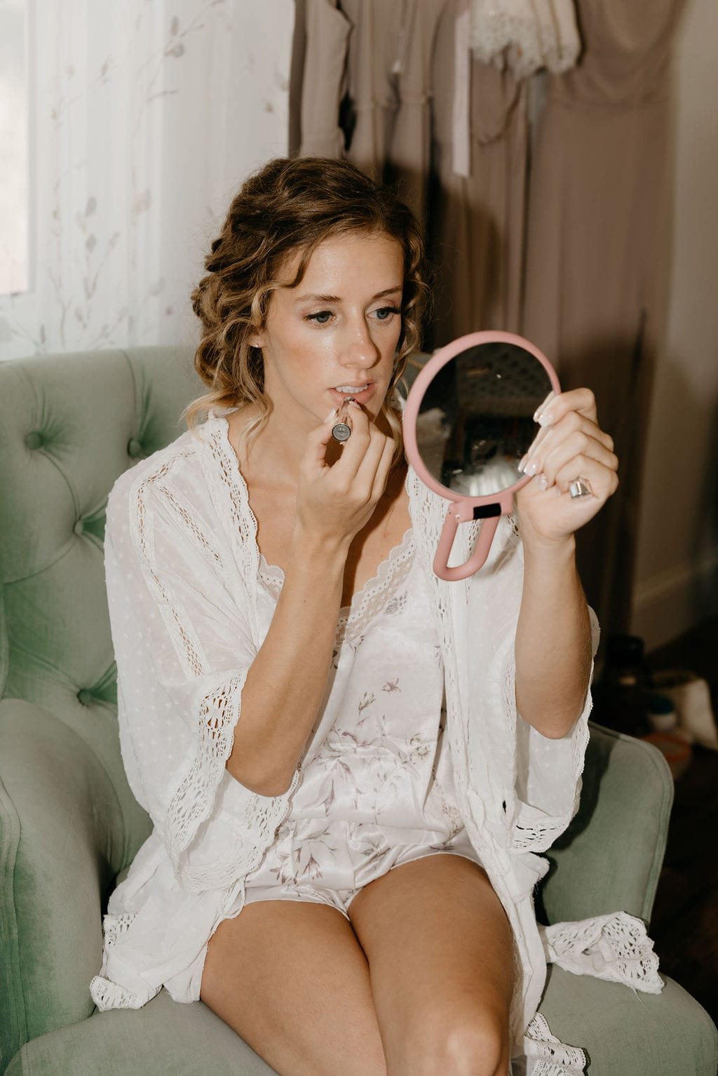 Vogue inspired getting ready photo of the bride at bonnie blues event venue